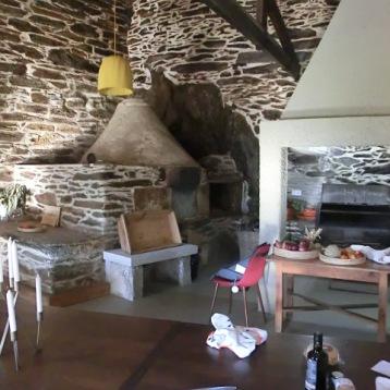 Cozinha e forno a lenha