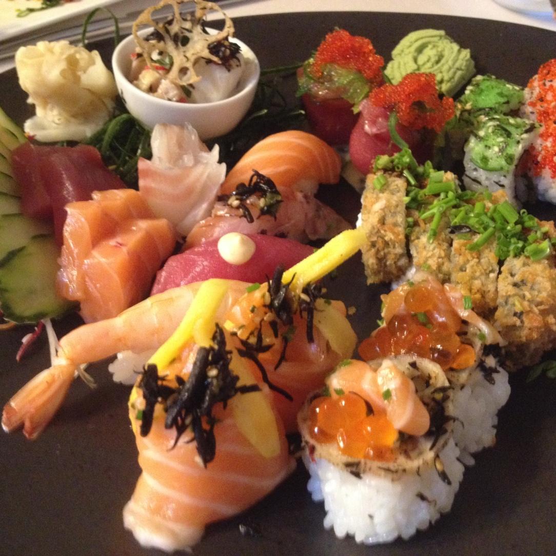 Mistura de Sushi e Sashimi