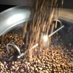 A Simpli Coffee & Bakery, marca portuguesa dedicada aos cafés de especialidade, assinala o dia internacional do café